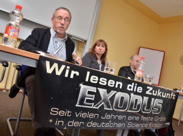Wolf Welling (links), Jacqueline Montemurri und Olaf Kemmler lesen die Zukunft.